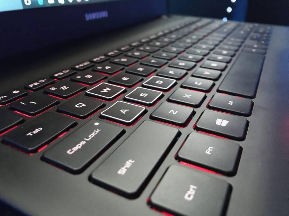 IMG 1779 - Linha 2017: confira os novos notebooks e um monitor lançados pela Samsung