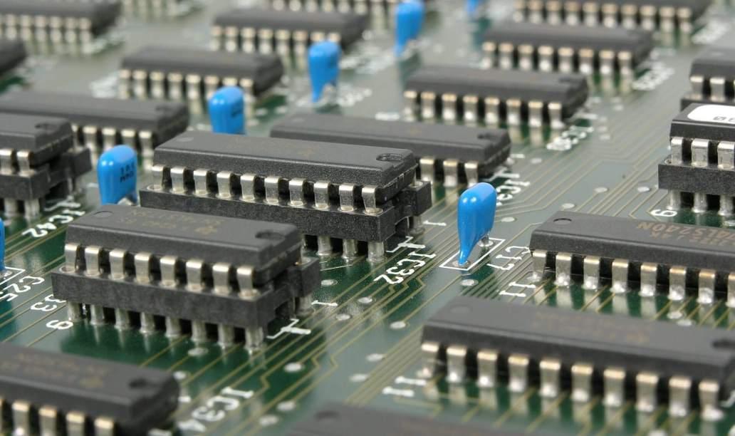 mother board 581597 1920 320x190 - Os melhores sites de projetos eletrônicos