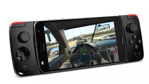 Moto Z2 Play gamepad - Comparativo: Galaxy A7 ou Moto Z2 Play?