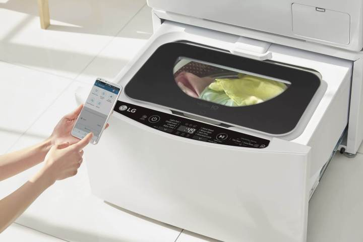 lifestyle 0803 720x480 - LG InnoFest 2017: LG TWINWash, a máquina de lavar do futuro