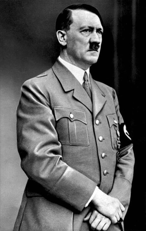 Bundesarchiv Bild 183 S33882 Adolf Hitler retouched - O que o IBM Watson tem a dizer sobre Gandhi, Hitler, Elon Musk, Frida e outras personalidades