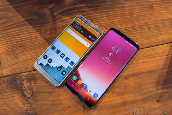 Samsung Galaxy S8 Plus vs LG G6 6 720x480 - 9 anos de Android: como as telas mudaram o smartphone para sempre