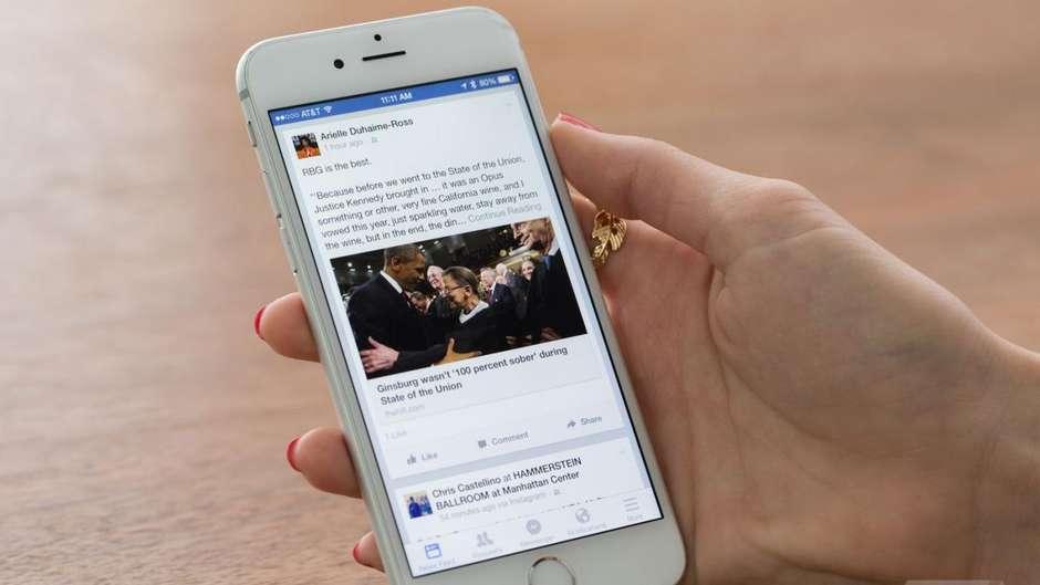 facebook esta testando botao do whatsapp em seu aplicativo principal - Facebook testa botão de integração com o Whatsapp