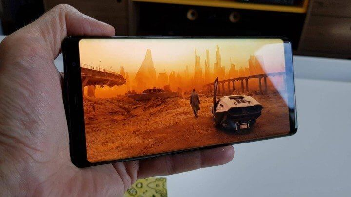 Galaxy Note 8 Exibição de vídeo 1 720x405 - Galaxy Note 8: O Review Completo