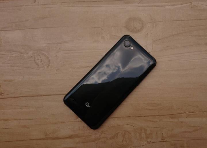REVIEW: LG Q6+, um intermediário pra quem não curte bordas