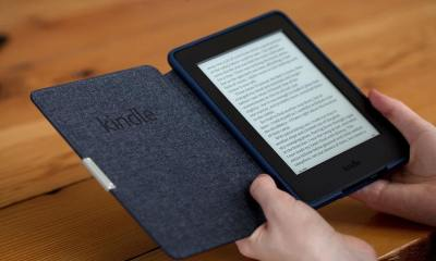 amazon kindle paperwhite 2015 in hand 1500x1000 - Grandes descontos no Kindle e outros e-readers na Black Friday da Amazon