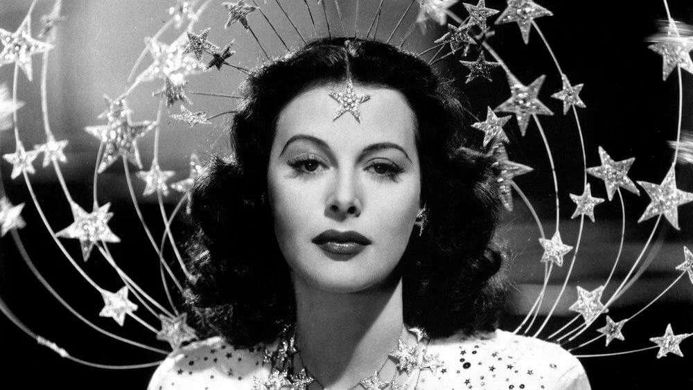 """""""A mulher mais bela do mundo"""" durante a década de 1940."""