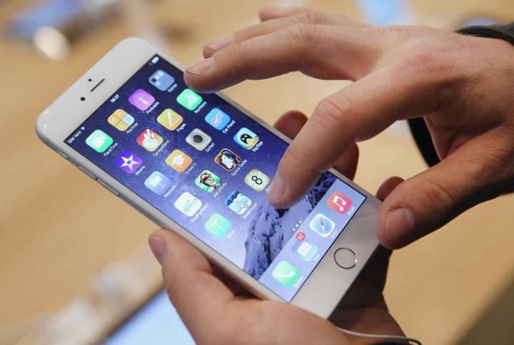 iphone 24HeuresNews 720x484 - 7 sinais de que a Apple deixou seu iPhone mais lento