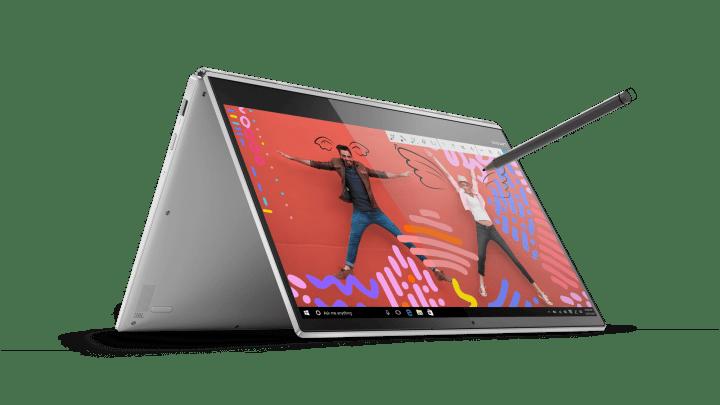 04 YOGA920 Hero Tent Front facing right Silver 720x405 - Lenovo lança no Brasil o notebook híbrido Yoga 920