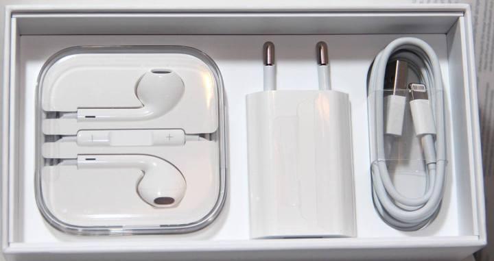 iPhone6 04otherstuffinthebox 720x381 - Como lidar com o aquecimento de smartphones e evitar que aconteça