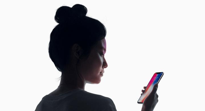 iphone 8 hero 720x389 - REVIEW: iPhone X, o futuro é wireless, sem bordas e tem reconhecimento facial de ponta
