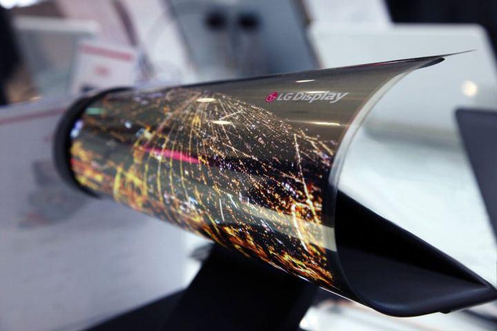 lg foldable display 720x480 - Telas flexíveis vindo aí? Sony produzirá smartphones com displays OLED