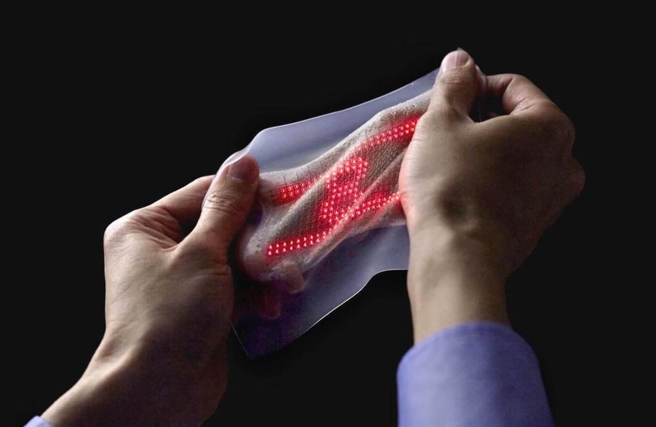 Nova pele eletrônica exibe sinais vitais como imagens 4