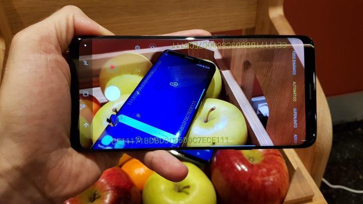 Galaxy S9 Plus modo automatico 720x405 - Galaxy S9 e S9+ são apresentados na Mobile World Congress 2018