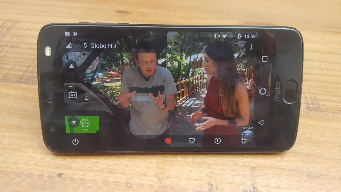 20180331 110100 - Power Pack e TV digital: conheça o mais novo Moto Snap
