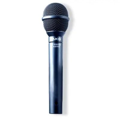 Micro électret avec atténuateur, coupe bas, dédié au chant avec un atténuateurs (-14dB) ainsi qu'un coupe bas à 100 Hz (12 dB/octave)