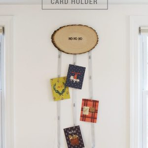diy-christmas-card-holder-from-wood-slice