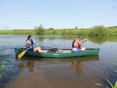 Couples canoe hire on the river