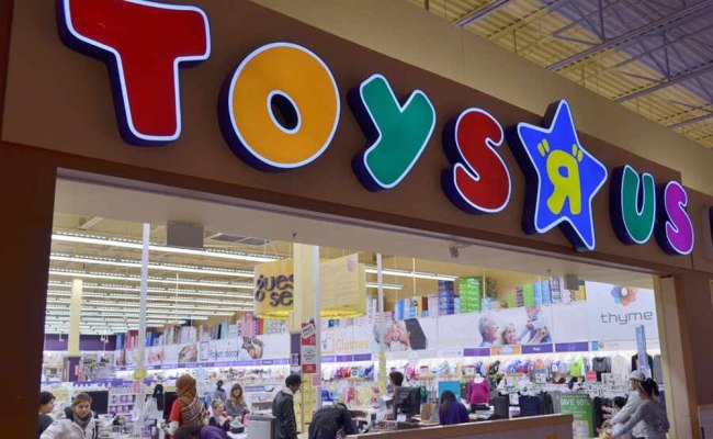 Toys R Us All Set To Open New Telford Store Shropshire
