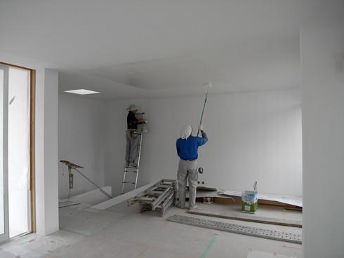 壁天井の塗装作業
