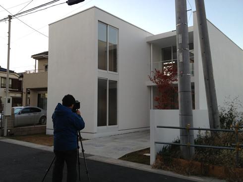 川口の白い家の撮影