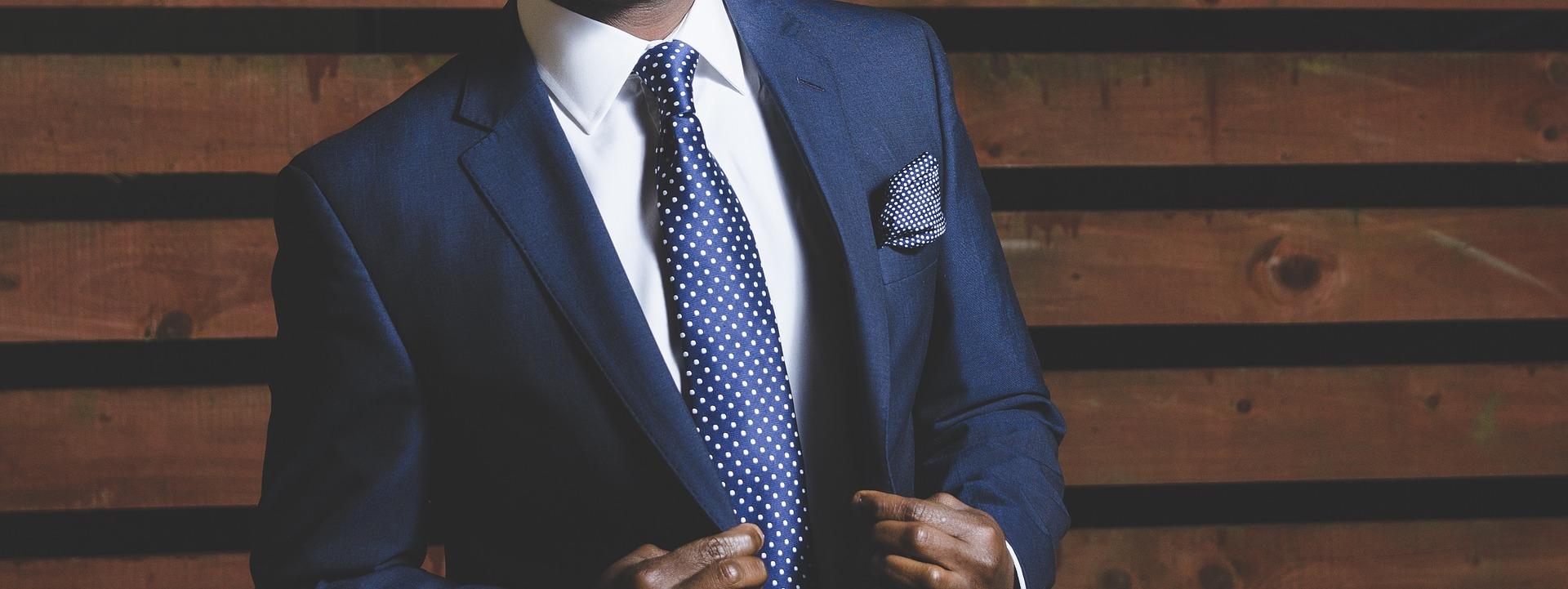 Umíte si správně vybrat kravatu  0e4693dce6