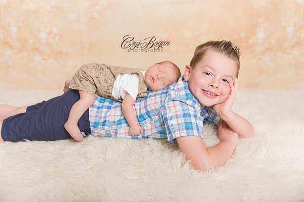 100 creative newborn photo