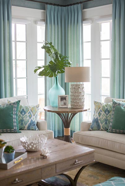 living room ideas with blue and brown contemporary centre table for 75 enchanting rooms shutterfly as this shows are a match made in heaven the patterned throw pillows look perfect on beige couch