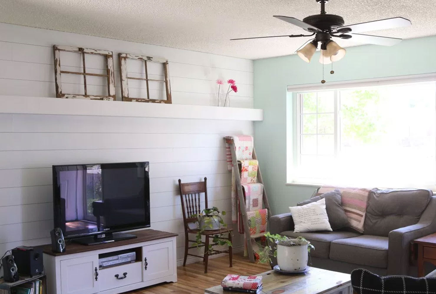 decoration ideas for living room table decor 40 farmhouse and rustic home shutterfly plank wall covers a