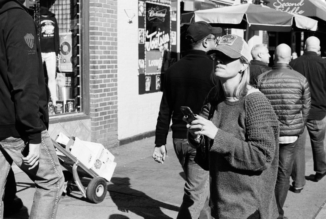 Olympus OM1 / 50mm f1.8 / Kodak TRI-X 400 / FINDLab
