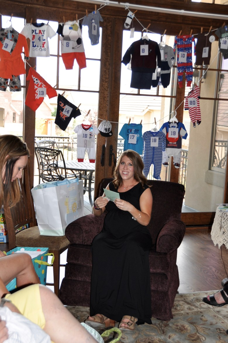 Baby-shower-sports-gift-opening