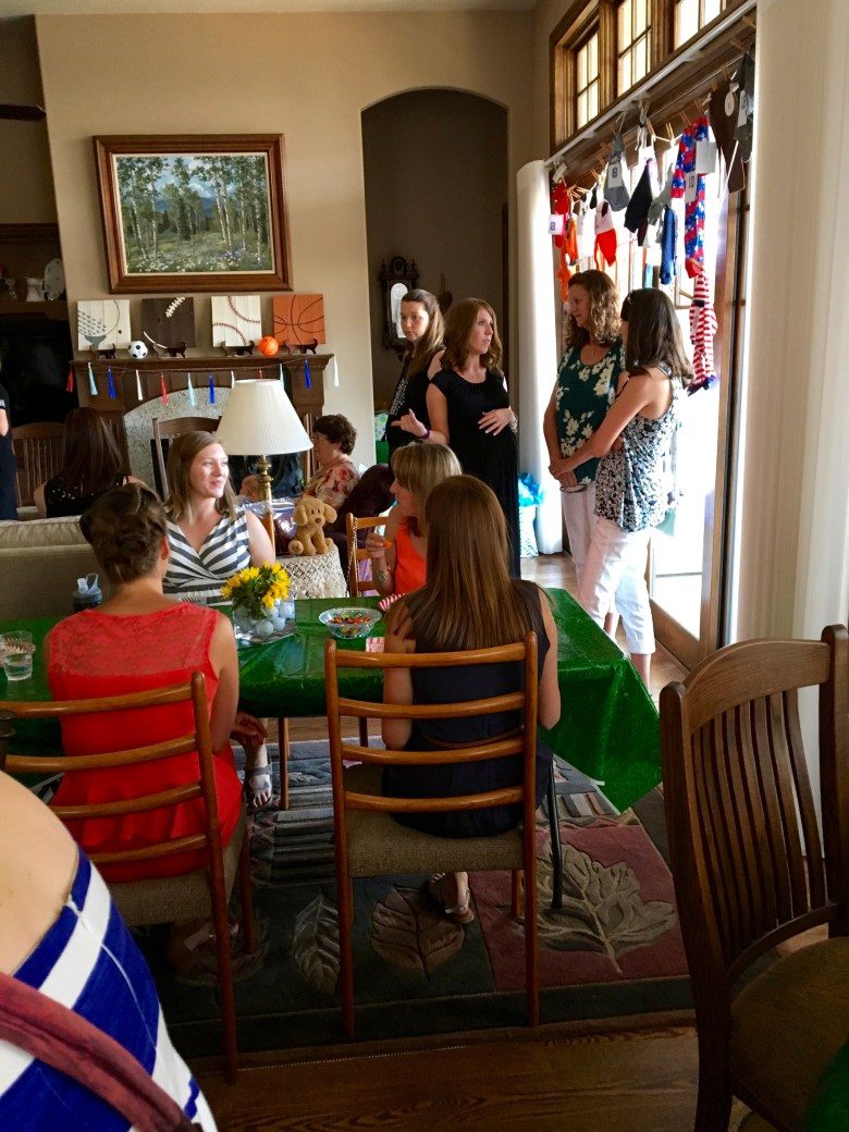 Sports-baby-shower-clothesline-guessing-game