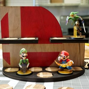 Super Smash Bros Amiibo Stand Shut Up And Take My Yen : Anime & Gaming Merchandise