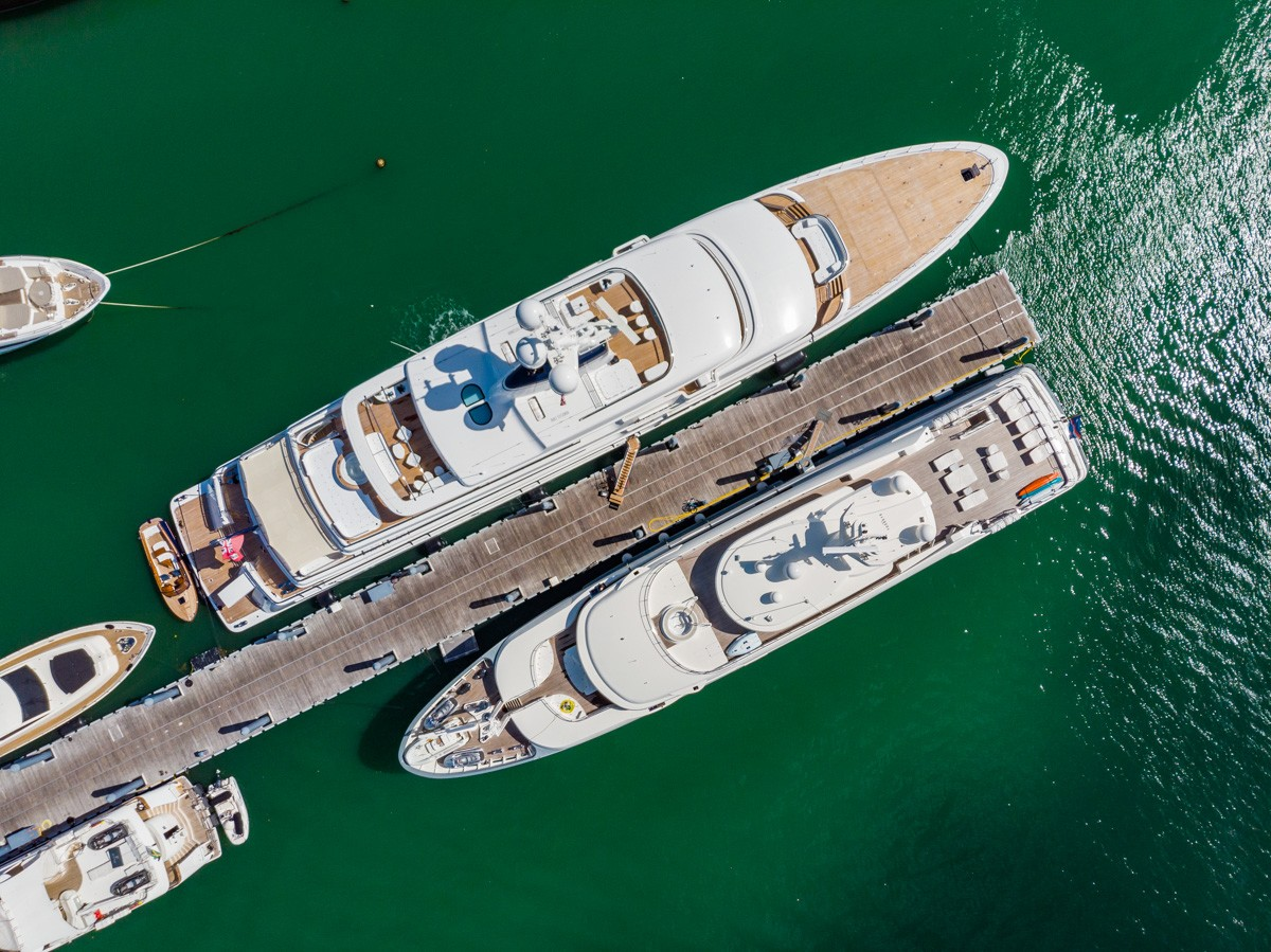 biggest yacht in the world