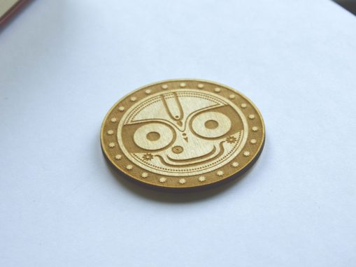 Jaganatha keychain smiling face perfect circle engraved 4