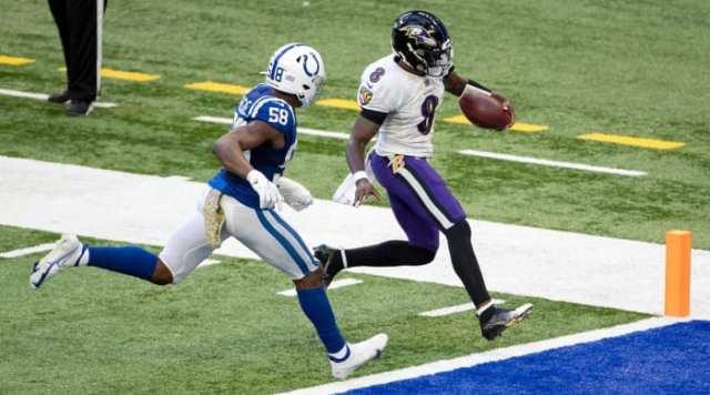 lamar-jackson-rushing-touchdown-against-colts