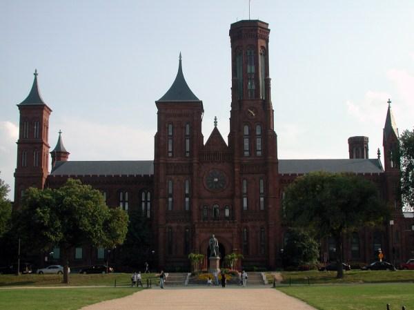 "Smithsonian Institution Building "" Castle"