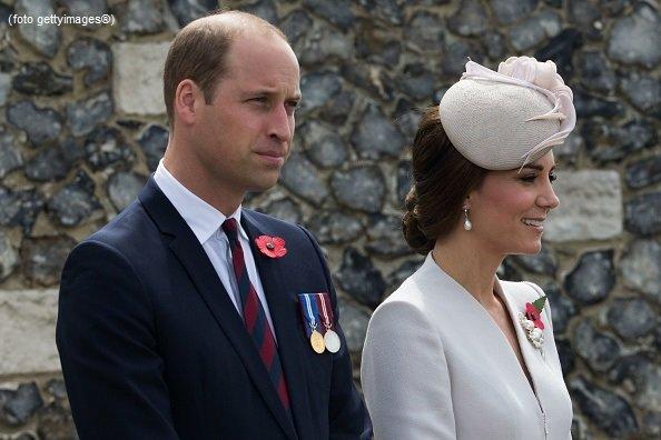 William e Kate omaggio al patron del Leicester  Si24