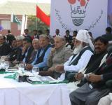 Shahbaz Sharif distribute Solar Home Systems in Bahawalpur (14)