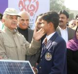 Shahbaz Sharif distribute Solar Home Systems in Bahawalpur (6)
