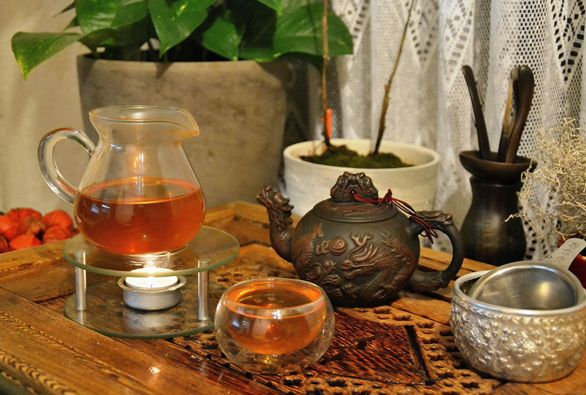 "Wild Thai Sheng Hei Cha - unripened ""sheng"" Pu Erh Tea from wild tea trees in north Thailand"
