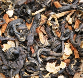 Oriental Chai Thai Tea Blend - dry leaves material closeup