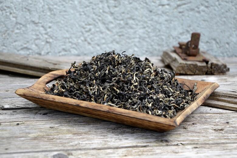 Ancient Snow Shan Tra Pai Hao Tea - A Vietnamese Arbor Artisan Black Tea