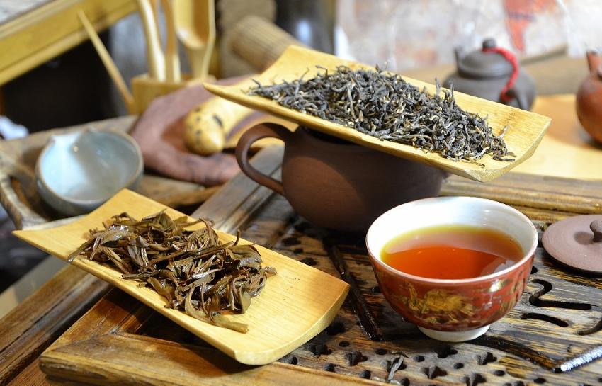 Black tea of Latumoni Assam tea garden's summer picking (second flush)