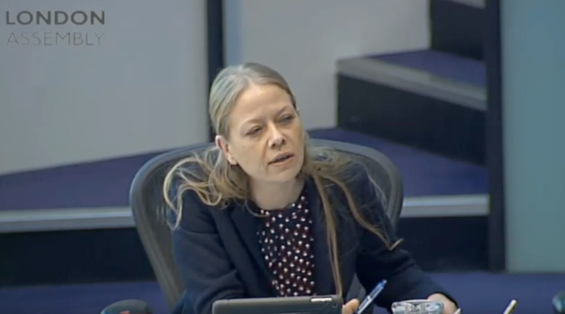 Sian Berry questions the Met in the Assembly
