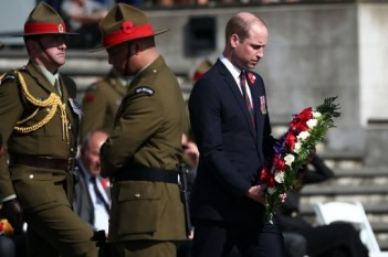 Britain's Prince William lays a wreath at the Civic Anzac Day service at Auckland War Memorial Museum on April 25, 2019. - Dawn services were held across the two countries on the anniversary of the ill-fated 1915 campaign of the Australian and New Zealand Army Corps that left 11,500 of them dead in what is now Turkey during World War I. (Photo by Fiona Goodall / AFP)
