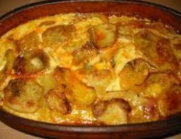 Si te gatuajme tave me patate dhe qumesht. Receta gatimi.