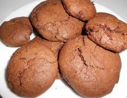 Biskota me kakao. Te thjeshta dhe shume te shijshme. Receta gatimi.