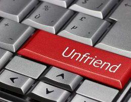 Cilet lloj shokesh NUK duhet te mbani ne rrjetet sociale. Filozofet Fanatiket e politikes