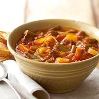 Supe e thjeshte me pak perberes. Receta gatimi. qepe patate mish vici